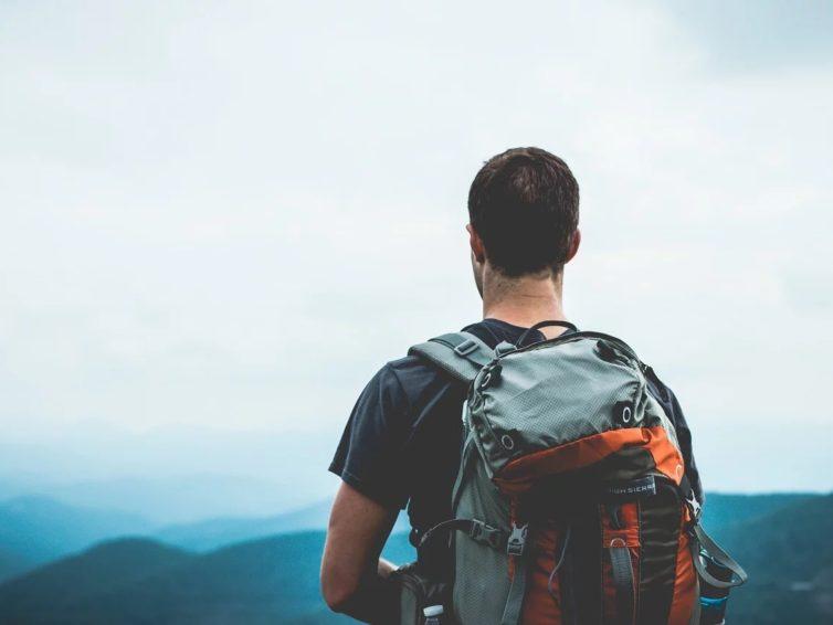Que sont les sentiers de grande randonnée et comment les suivre ?